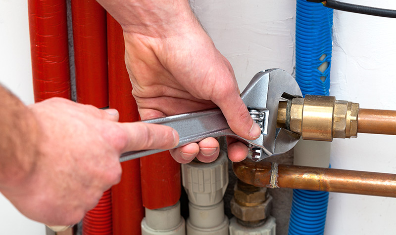Reparação de roturas na canalização