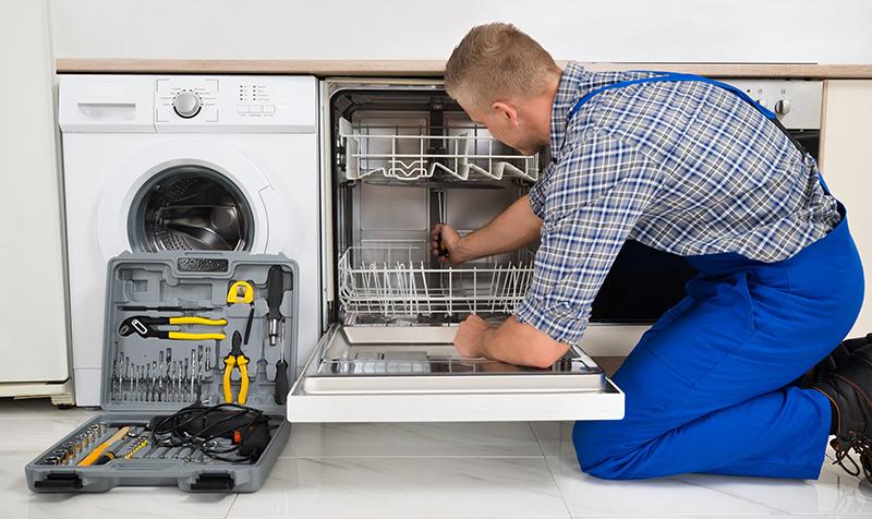Montagem de máquinas de lavar